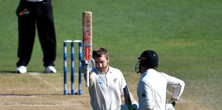 Kane century fires New Zealand to stunning win