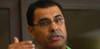 Waqar expects better show form Pakistan in ODI series