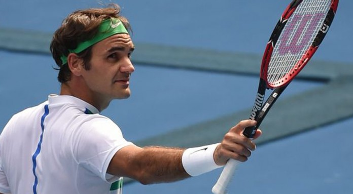 Federer sails past Berdych into last 16