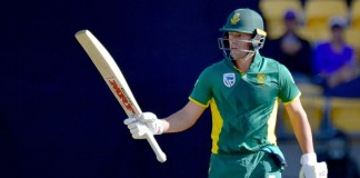 South Africa's de Villiers fastest to 9,000 ODI runs