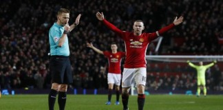 Man City dazzle as United held by Hull