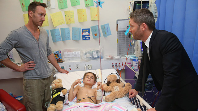 SYDNEY, AUSTRALIA - OCTOBER 07:  Former Australia cricket captain Michael Clarke speaks with Finlay after he announced his plan to join the Perpetual Loyal yacht racing team for the 2015 Rolex Sydney Hobart Yacht race at Sydney Children's Hospital on October 7, 2015 in Sydney, Australia.  (Photo by Don Arnold/Getty Images)