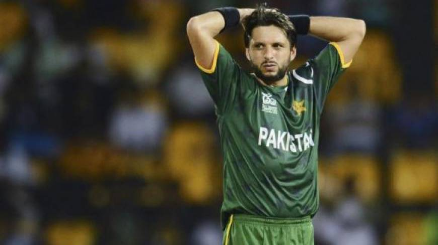 Shahid-Afridi-Misbah-ul-Saving-Haq-Skipper-After-creating-Unhappy-PCB-chief