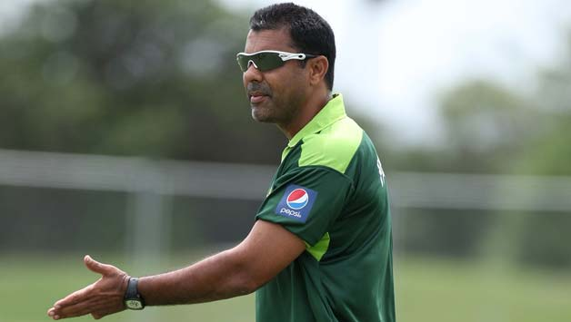 Waqar-Younis-Coach-of-Pakistan-watches-the-team-during-a-Pakistan-training-session-at-Colin