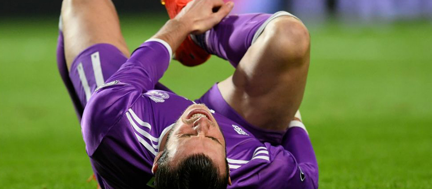Bale to undergo ankle operation, out for two months
