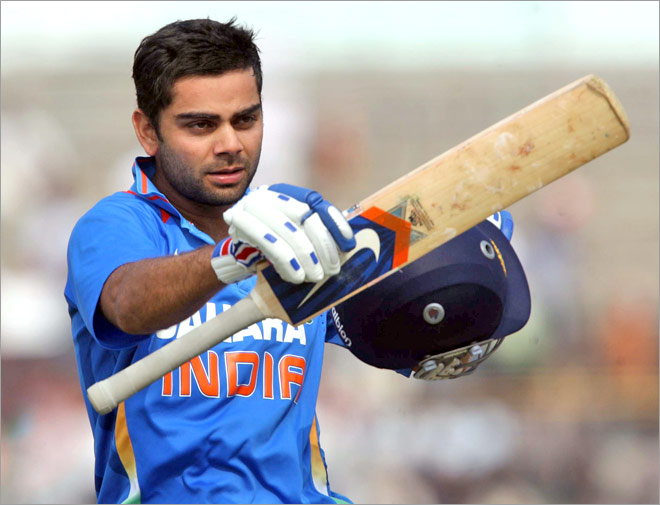 virat-kohli-images-with-cricket-bat