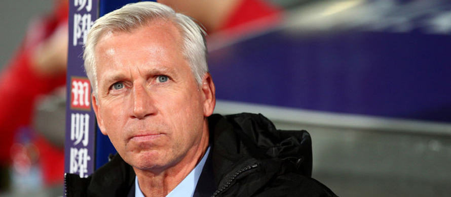 Struggling Palace sack Pardew, Allardyce in the frame