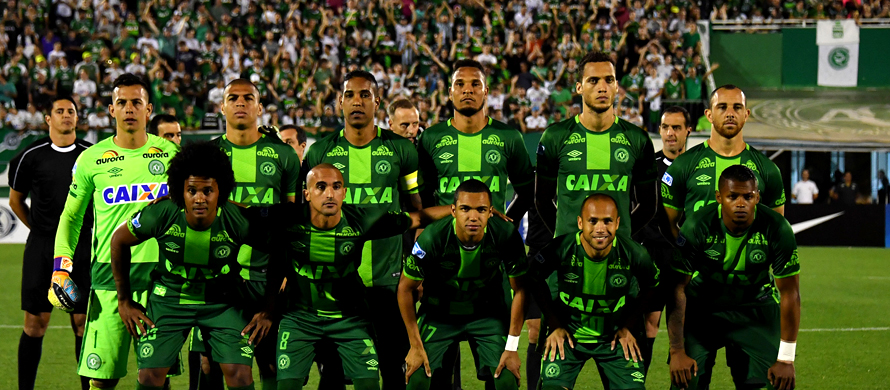 Brazil fans vote Chapecoense keeper Player of Year
