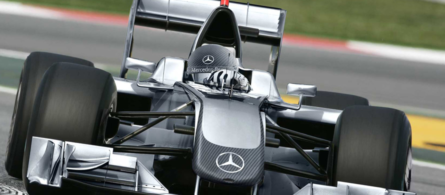 Mercedes runs job ad for F1 driver with 'proven track record'