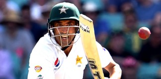 In pictures: Azhar, Younis shine in Pakistan's fightback day