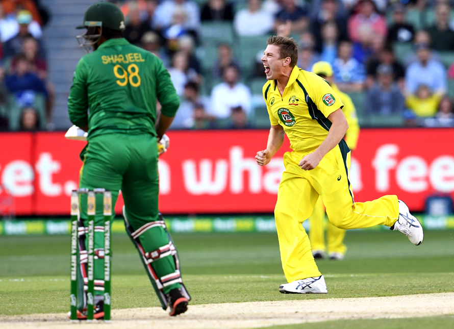 Australia's bowler James Faulkner celebrates dismissing Pakistan batsman Sharjeel Khan. (PHOTO: AFP)