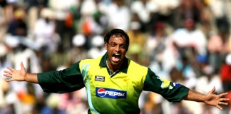 Looking back: Fiery Akhtar turns heat on Australia