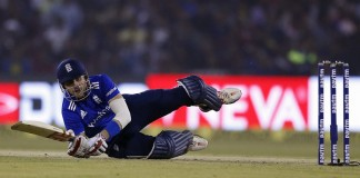 England's Hales out of India tour with broken hand