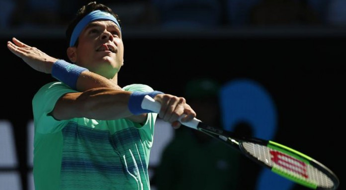 Raonic recovers from Simon stumble to reach fourth round