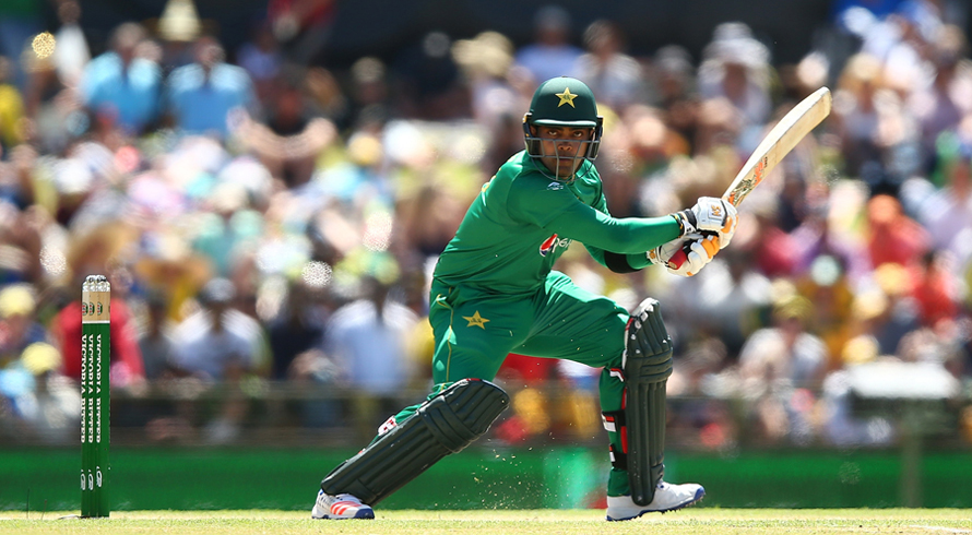 Umar Akmal asks to compare Babar with Kohli, not him