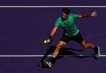 Federer blows past del Potro into Miami fourth round