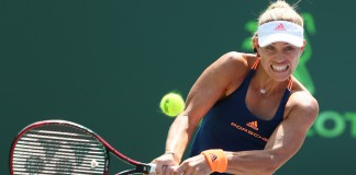 Top seed Kerber advances at Miami Open