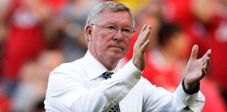 Ferguson urges Manchester United to aim for Europa League glory