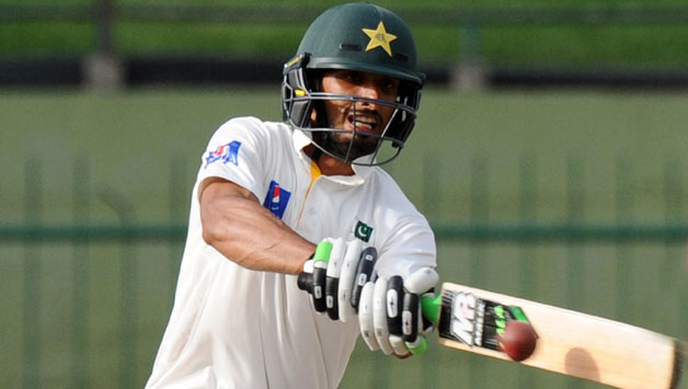 pakistan-cricketer-shan-masood-plays-a-shot-during-the-fourth-day1