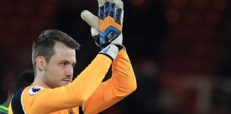 Klopp hails Mignolet as Liverpool close on Europe