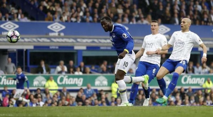 Lukaku double as Leicester's winning run ends at Everton