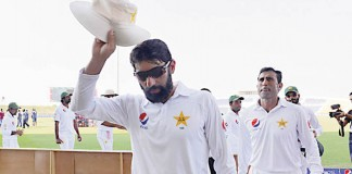 Retiring duo Misbah, Khan lead Pakistan against Windies