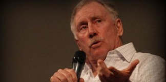 Australia board gambled on players' greed and lost - Chappell