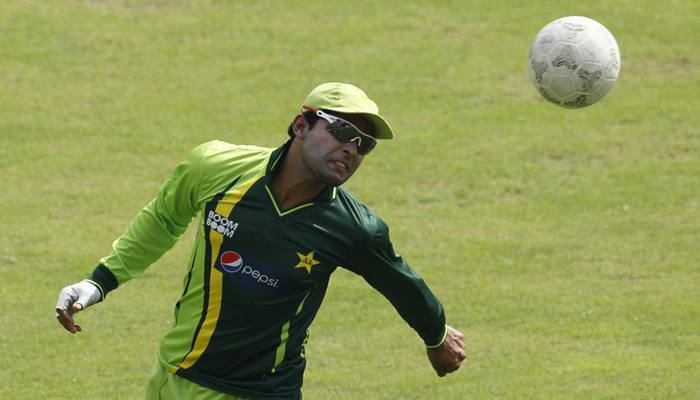 Umar Akmal fails fitness test, sacked from Champions Trophy squad