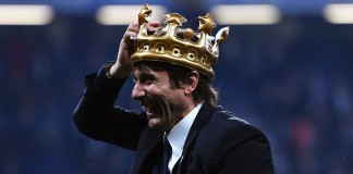 Conte picks up award from peers