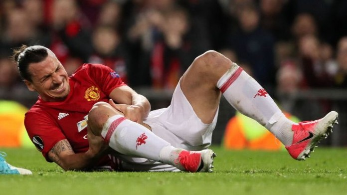 Ibrahimovic undergoes successful knee surgery