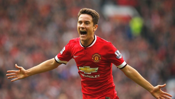 Herrera says fans can fire Man Utd to final