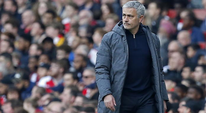 Mourinho goads Wenger after defeat at Arsenal