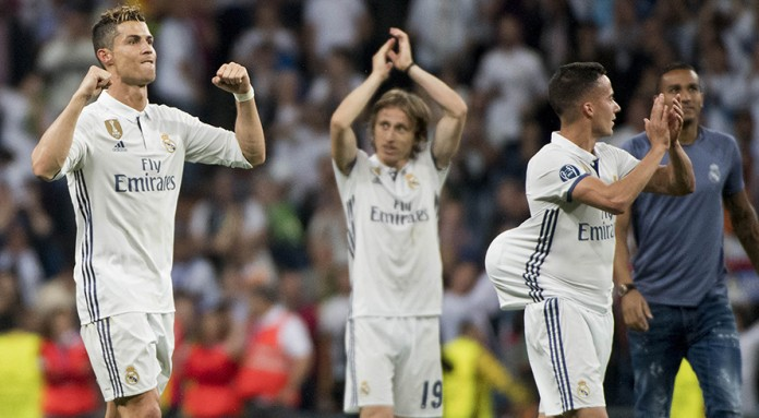 Regal Ronaldo puts Real on verge of Champions League final