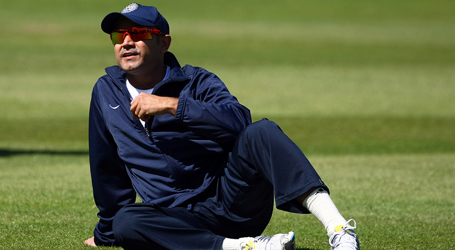 Sehwag murders spirit of commentary