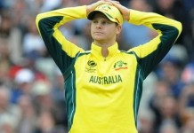 Australia warn players as pay row deadline looms