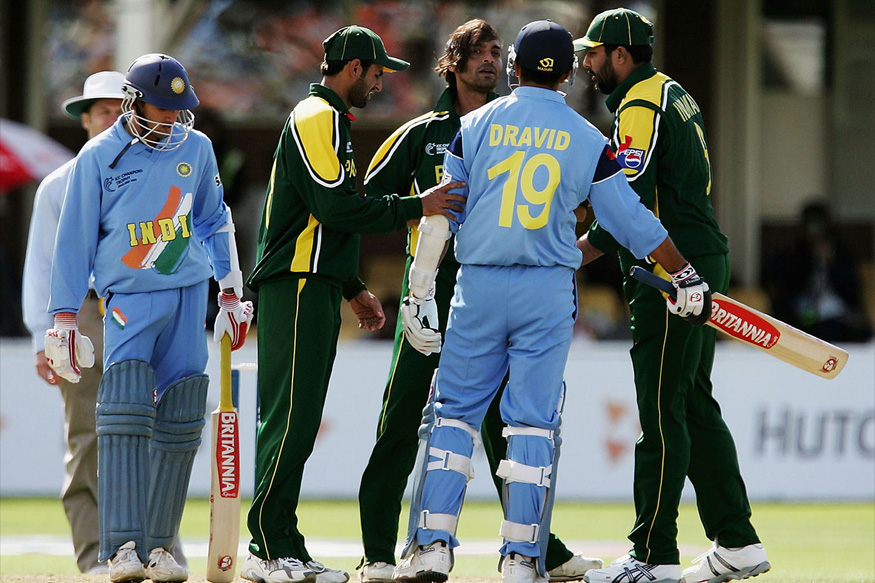Rana Naved and Akhtar took four wickets apiece to restrict India in 200.