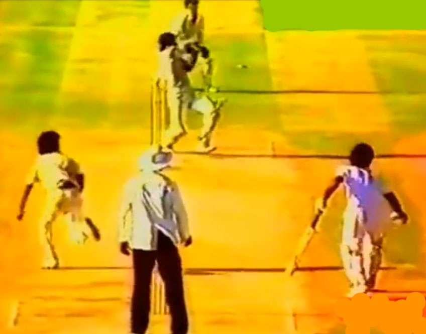 Javed Miandad pulled a full toss from seamer Chetan Sharma for six