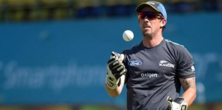 New Zealand's Ronchi retires from international cricket
