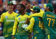 Roy's bizarre exit turns 2nd T20 South Africa's way