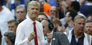 Wenger signs new two-year Arsenal contract