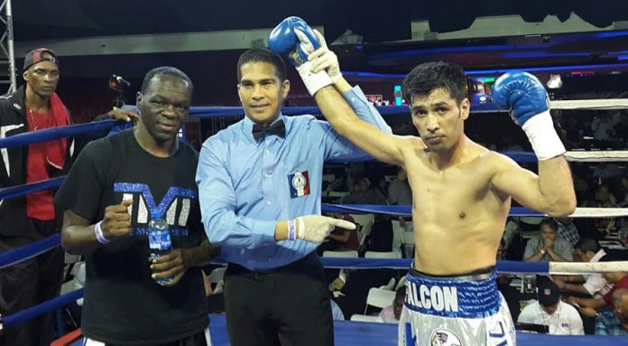 Waseem downs Valdez in preparation for big title fight