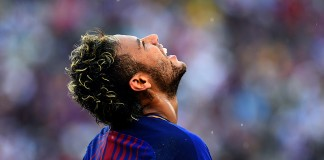 Neymar dazzles as Barcelona down Juventus