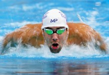 Michael Phelps loses race against great white shark... sort of