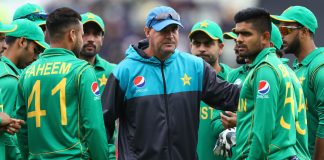 I really think that we are on the right track: Mickey Arthur