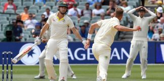 England chase record 354 runs to win second Ashes Test