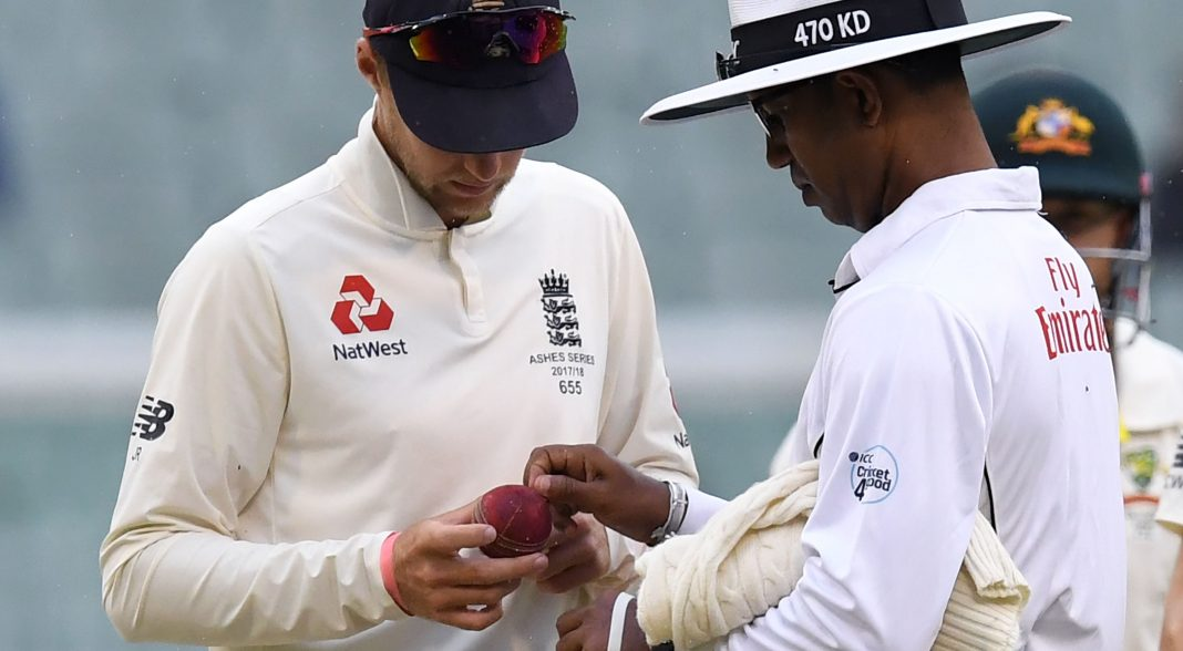 England reject ball-tampering as rain halts victory push