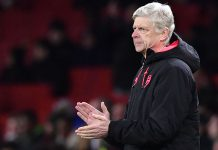 Wenger won't abandon Arsenal title hope