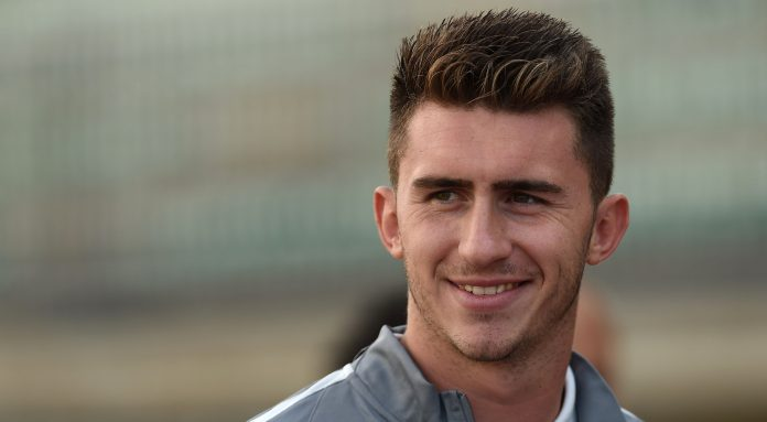 City eye record bid for French defender Laporte: reports