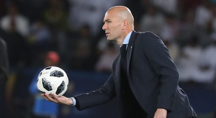 Zidane pens new Real Madrid deal until 2020