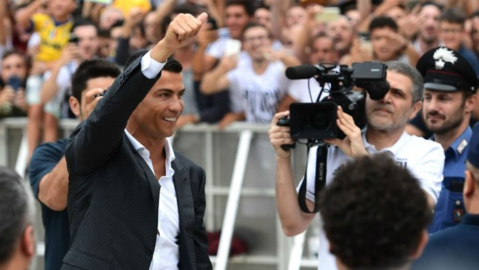 Ronaldo leaves hotel staff surprised with a £17,850 tip